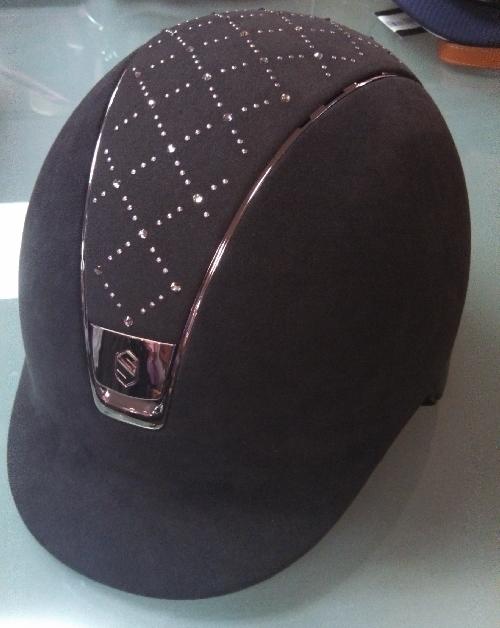 samshield-premium-helmet-top-lozenge-swarovski-front-view
